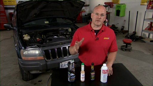 Lucas Fuel System and Injector Cleaners SF16 - image 9 from the video