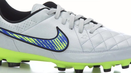 youth soccer cleats nike