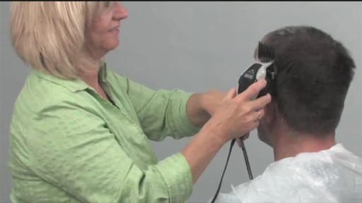 Wahl Clip 'N Trim Haircutting Kit - image 8 from the video
