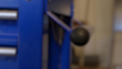 Mastercraft 4-Drawer Mechanics Cart - Lawrence's Testimonial - image 3 from the video