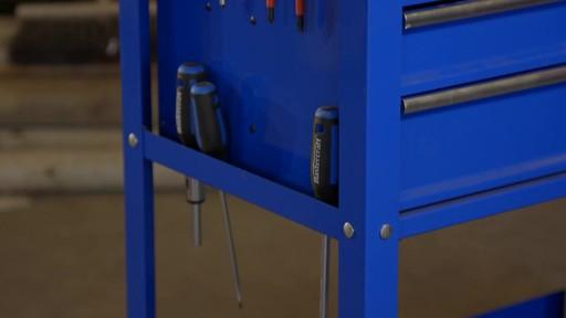 Mastercraft 4-Drawer Mechanics Cart - Lawrence's Testimonial - image 5 from the video