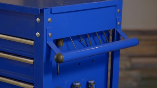 Mastercraft 4-Drawer Mechanics Cart - Lawrence's Testimonial - image 9 from the video