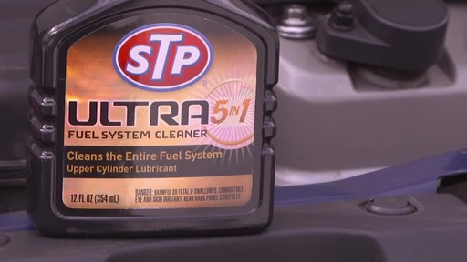 STP Ultra 5 in 1 Fuel System Cleaner - image 3 from the video