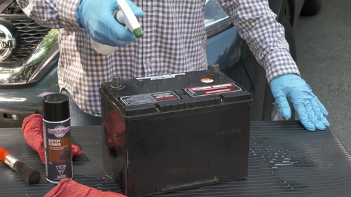 MotoMaster Battery Cleaner - image 6 from the video