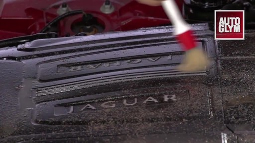 Autoglym Engine & Machine Cleaner - image 5 from the video