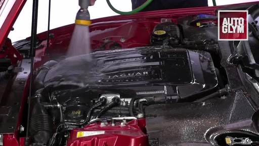 Autoglym Engine & Machine Cleaner - image 7 from the video
