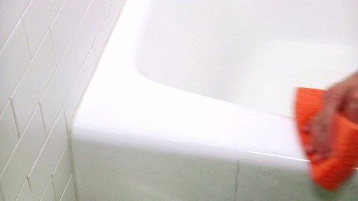 ZEP Commercial Shower, Tub and Tile Cleaner - image 8 from the video