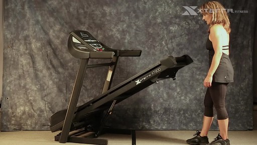Xterra XT900T Treadmill - image 3 from the video