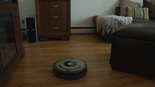 iRobot Roomba 630 Vacuum with Marie-Eve - TESTED Testimonial - image 5 from the video