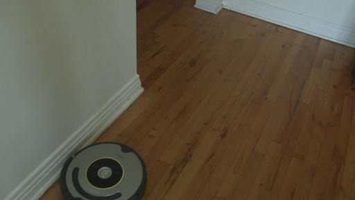 iRobot Roomba 630 Vacuum with Marie-Eve - TESTED Testimonial - image 6 from the video