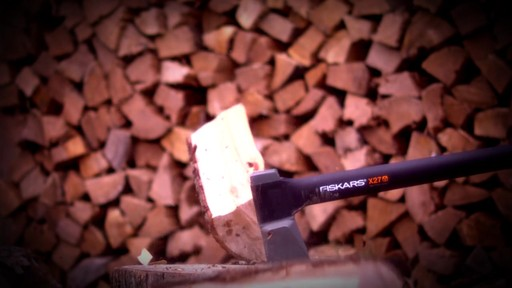 Fiskars X-Series Axes Power At Impact - image 9 from the video