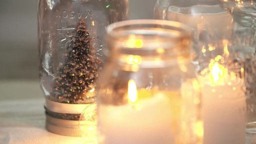 How to make a mason jar snow globe - image 3 from the video