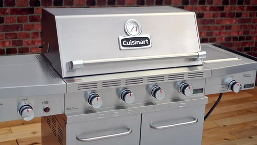 Cuisinart Ceramic 900 BBQ - image 9 from the video