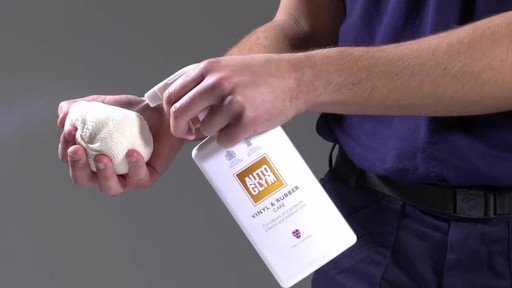 Autoglym Vinyl & Rubber Care - image 3 from the video