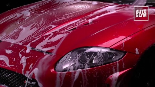 Autoglym Bodywork Shampoo Conditioner - image 7 from the video