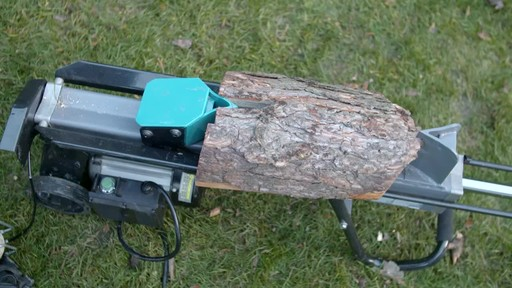 Yardworks 5-Ton Duo Cut Electric Log Splitter with pedal - image 8 from the video
