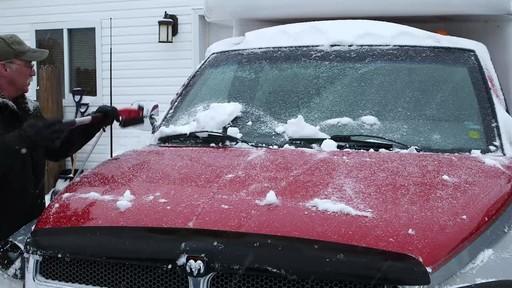 Garant EVA Snowbrush - image 10 from the video