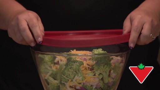 Anchor Hocking Premium Mix-N-Store Set - Jennifer Testimonial - image 7 from the video
