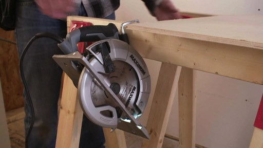 MAXIMUM 15A Circular Saw with E-Brake - image 5 from the video