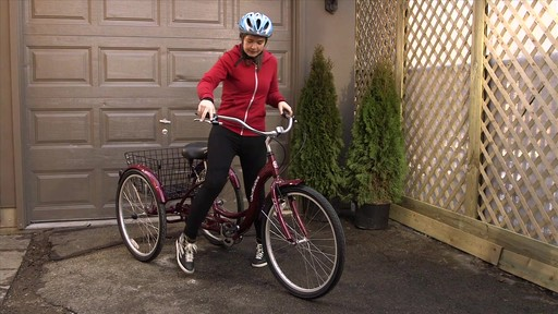 Schwinn Meridian Adult Comfort Trike - image 9 from the video