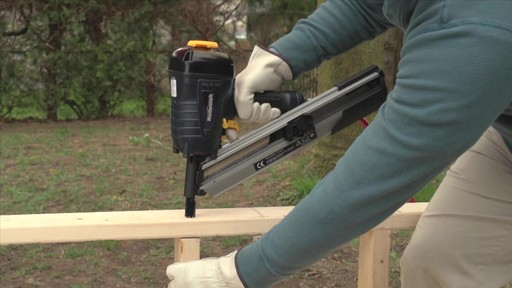 Air Nailers Buying Guide - image 3 from the video