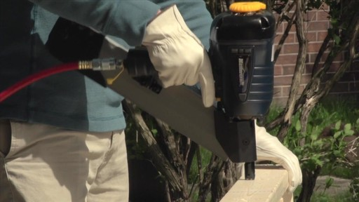 Air Nailers Buying Guide - image 4 from the video