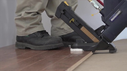 Air Nailers Buying Guide - image 6 from the video