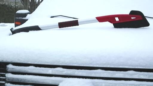 Garant EVA Snowbrush- Ernie Testimonial - image 5 from the video