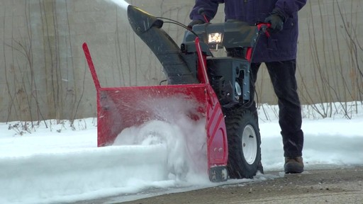 How to Choose a Snowblower - image 4 from the video