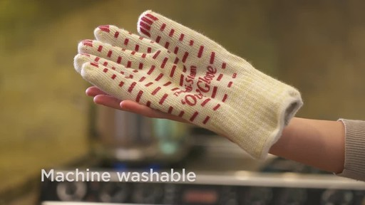 Anti-Steam Ove Glove - image 9 from the video