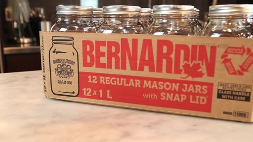 Bernardin Regular 1 L Mason Jar - image 1 from the video