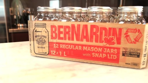Bernardin Regular 1 L Mason Jar - image 2 from the video