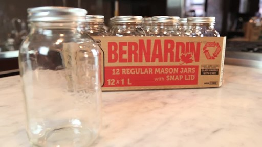 Bernardin Regular 1 L Mason Jar - image 3 from the video