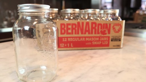 Bernardin Regular 1 L Mason Jar - image 4 from the video