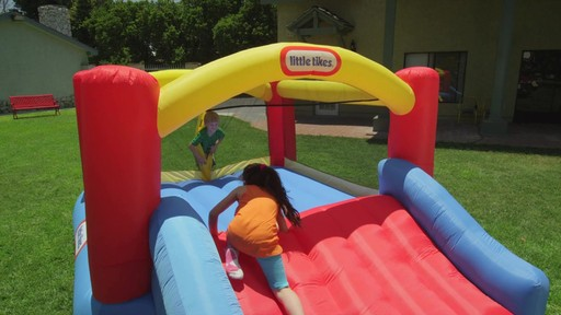 Little Tikes Jump 'n Slide Bouncer - image 2 from the video