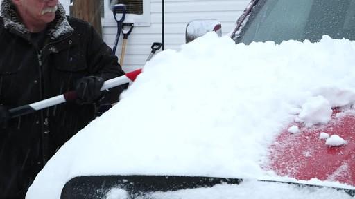 Garant EVA Snowbrush- Charlie Testimonial - image 3 from the video