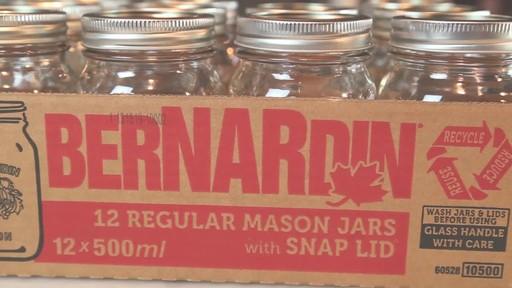 Bernardin Regular 500 ml Mason Jar - image 7 from the video