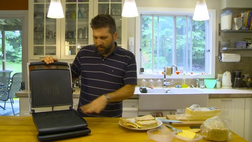 Breville Panini Press - Eric Testimonial - image 5 from the video