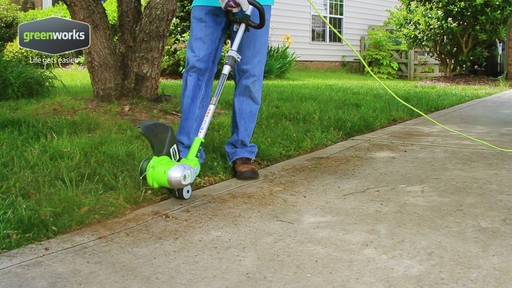 Greenworks 5.5A Electric Grass Trimmer - image 1 from the video