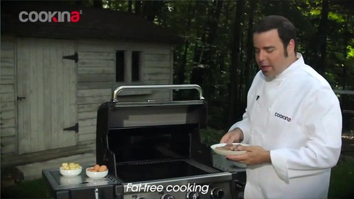 Cookina Reusable BBQ Cooking Sheet - image 3 from the video