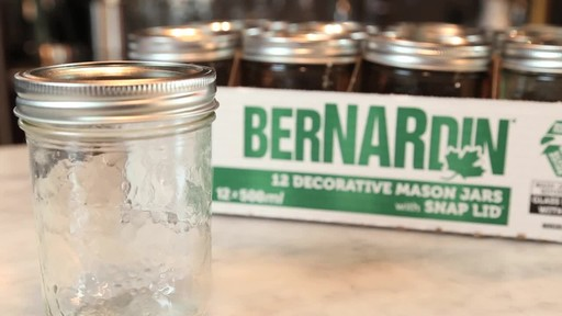 Bernardin Decorative Mason Jar 500 ml Wide Mouth - image 4 from the video