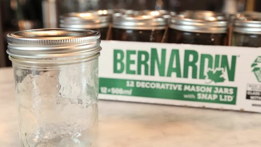 Bernardin Decorative Mason Jar 500 ml Wide Mouth - image 5 from the video
