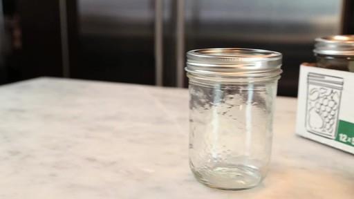 Bernardin Decorative Mason Jar 500 ml Wide Mouth - image 6 from the video