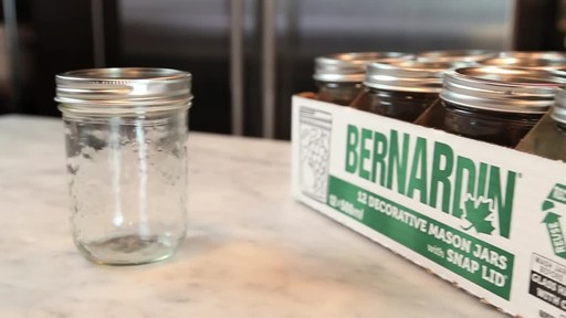 Bernardin Decorative Mason Jar 500 ml Wide Mouth - image 7 from the video