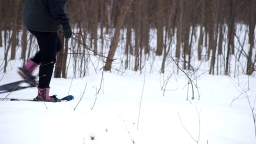 How to Choose Snowshoes - image 5 from the video