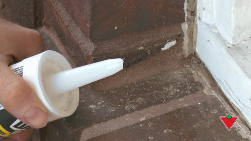 How to Apply Exterior Caulking - image 4 from the video