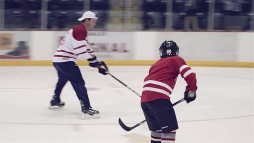 Jonathan Toews visits Dauphin, Manitoba - image 9 from the video