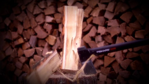 Fiskars X-Series Axes Virtually Unbreakable - image 3 from the video