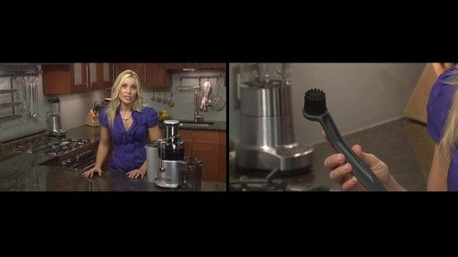 Breville Juice Fountain Plus - image 10 from the video