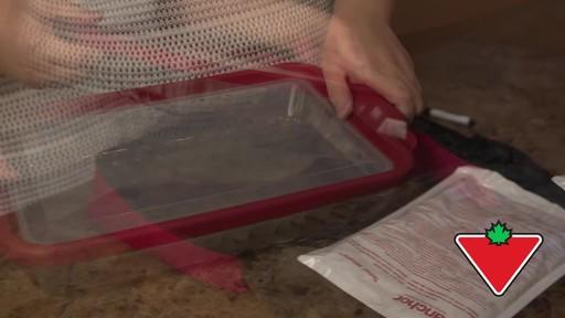 Anchor Hocking Premium Bake-N-Take Set - Lisa's Testimonial - image 5 from the video
